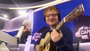 "Screenshot: YouTube-Clip ""Ed Sheeran Covers 'The Fresh Prince' Theme Tune"" © YouTube/Capital FM"