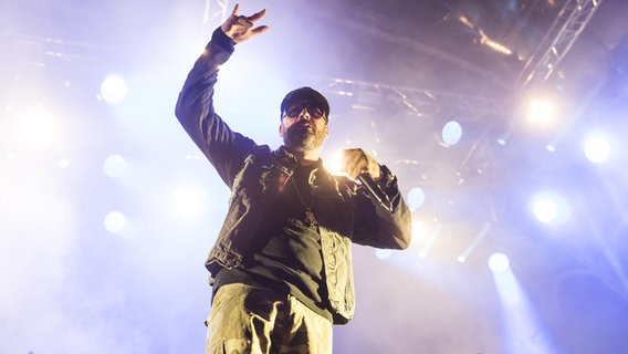 Sido auf der Bühne. © picture alliance/POP-EYE Foto: POP-EYE / Ben Kriemann