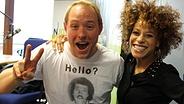 N-JOY Moderator Christian Haacke mit Sängerin Oceana. © NDR Fotograf: Pascal Strehler