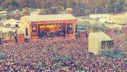 Luftbild vom Gelände des Deichbrand Festivals.