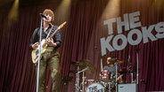The Kooks beim Deichbrand Festival 2019. © NDR/N-JOY Foto: Benjamin Hüllenkremer