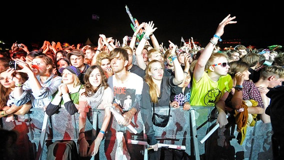 Besucher des Dockville Festivals 2011 © Picture Alliance/Jazz Archiv