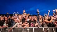 Publikum beim Hurricane Festival in Scheeßel 2019.  Foto: Julian Rausche
