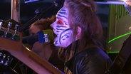 Das Bild zeigt die Band Virginia And The Wolf beim Auftritt am Reeperbus. © N-JOY / NDR Foto: N-JOY / NDR