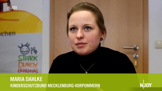 Das Bild zeigt Maria Dahlke vom Kinderschutzbund Landesverband Mecklenburg-Vorpommern. © Daniela Mussgiller / NDR Foto: Daniela Mussgiller / NDR