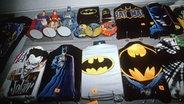 Batman-Merchandise-Artikel © dpa - Bildarchiv
