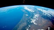 Ein Luftbild der Nasa vom westlichen Pazifik mit den Rocky Mountains, Seattle und Vancouver. © NASA Fotograf: NASA Expedition 43 crew