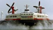 Ein Luftkissenboot/ Hovercraft © dpa - Bildarchiv