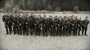 Gruppenbild Bundeswehrsoldaten. © NDR/Willem Konrad Foto: Willem Konrad