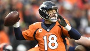 Quarterback Payton Manning von den Denver Broncos. © picture alliance / dpa Fotograf: Larry W. Smith