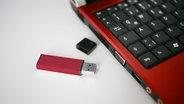 USB-Stick © NDR-Online Bildredaktion Foto: C.Raczka / NDR-Online Bildredaktion
