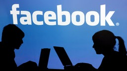 Grafik facebook © dpa