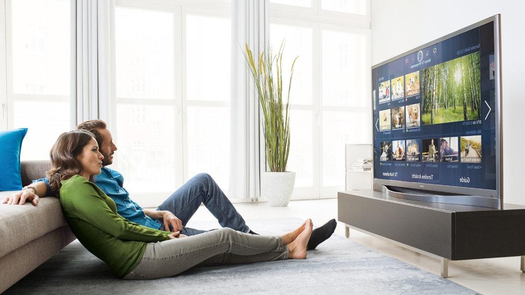 neue fernseher was bringt die 4k technik ratgeber verbraucher. Black Bedroom Furniture Sets. Home Design Ideas