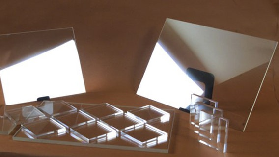 Das Bild zeigt zeigt transparentes Aluminium © Surmet