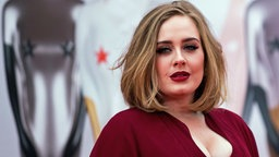 Look Like Adele So Teuer Ist Ihr Make Up