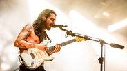 Das Bild zeigt den Gitarristen und Sänger von Biffy Clyro: Simon Neil © CITYPRESS24 Fotograf: CITYPRESS24