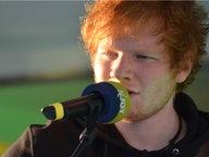 Sänger Ed Sheeran in Aktion