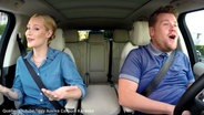"Zu sehen ist ein Screenshot aus dem Youtube-Video ""Iggy Azelea Carpool Karaoke"". © Youtube / The Late Late Show with James Corden Fotograf: Screenshot: https://www.youtube.com/watch?v=Nu9bHK4b6j8"
