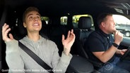 "Zu sehen ist ein Screenshot aus dem Youtube-Video ""Justin Bieber Carpool Karaoke"". © Youtube / The Late Late Show with James Corden Fotograf: Screenshot: https://www.youtube.com/watch?v=Dx06c0ZEBMk"