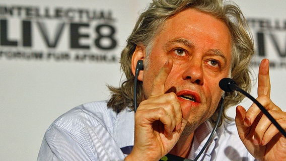 Musiker Bob Geldof bei einer Pressekonferenz in Berlin 2007. © (c) dpa Foto: Soeren Stache