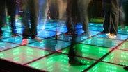 Besucher des Sustainable Dance Club in Rotterdam.