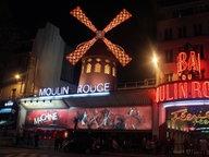Das Varieté Moulin Rouge in Paris © imago stock&people